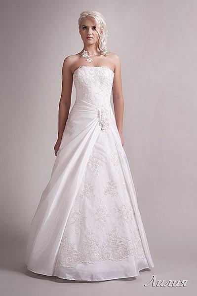 Свадебное платье Анджелины Джоли и другие ее наряды