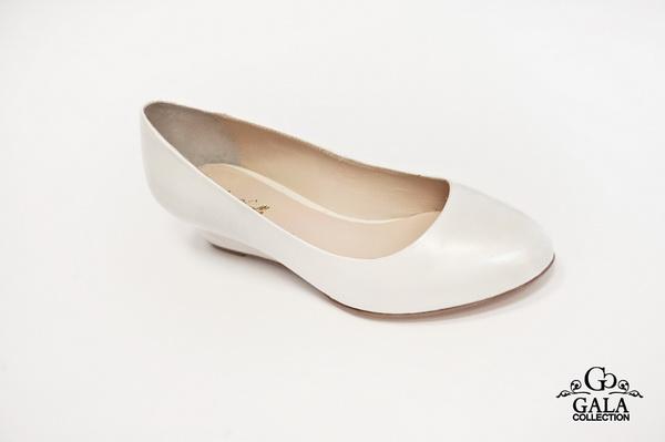 Туфли на шпильке с бантом