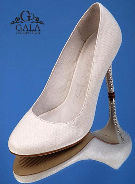 Свадебные туфли на каблуке, фото